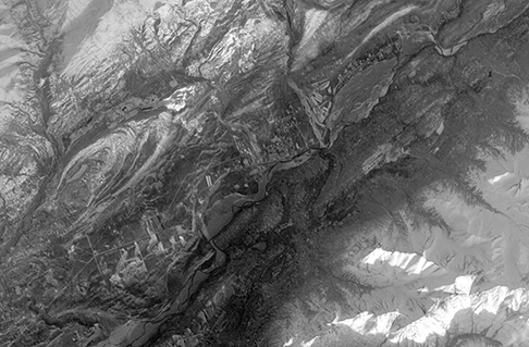 The panchromatic-band image of the town of Sutton, Alaska, was one of the first images made from ALI data during its inaugural scan on November 25, 2000. (Image: NASA)