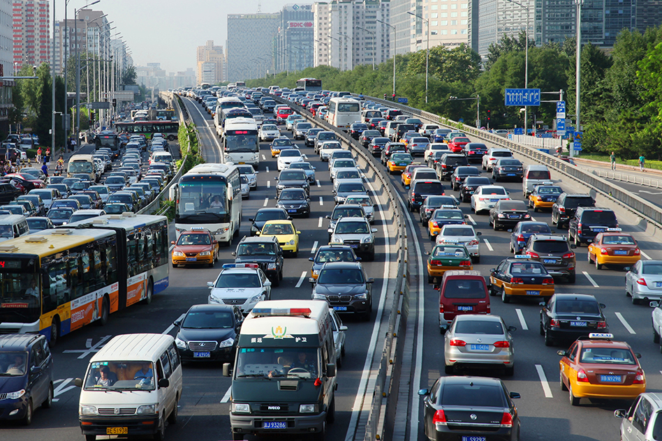 Years of rapid urbanization, rising incomes and transport investment focused on automobiles has led to a significant rise in traffic congestion in Beijing and other Chinese cities. (Photo: Li Lou / World Bank)