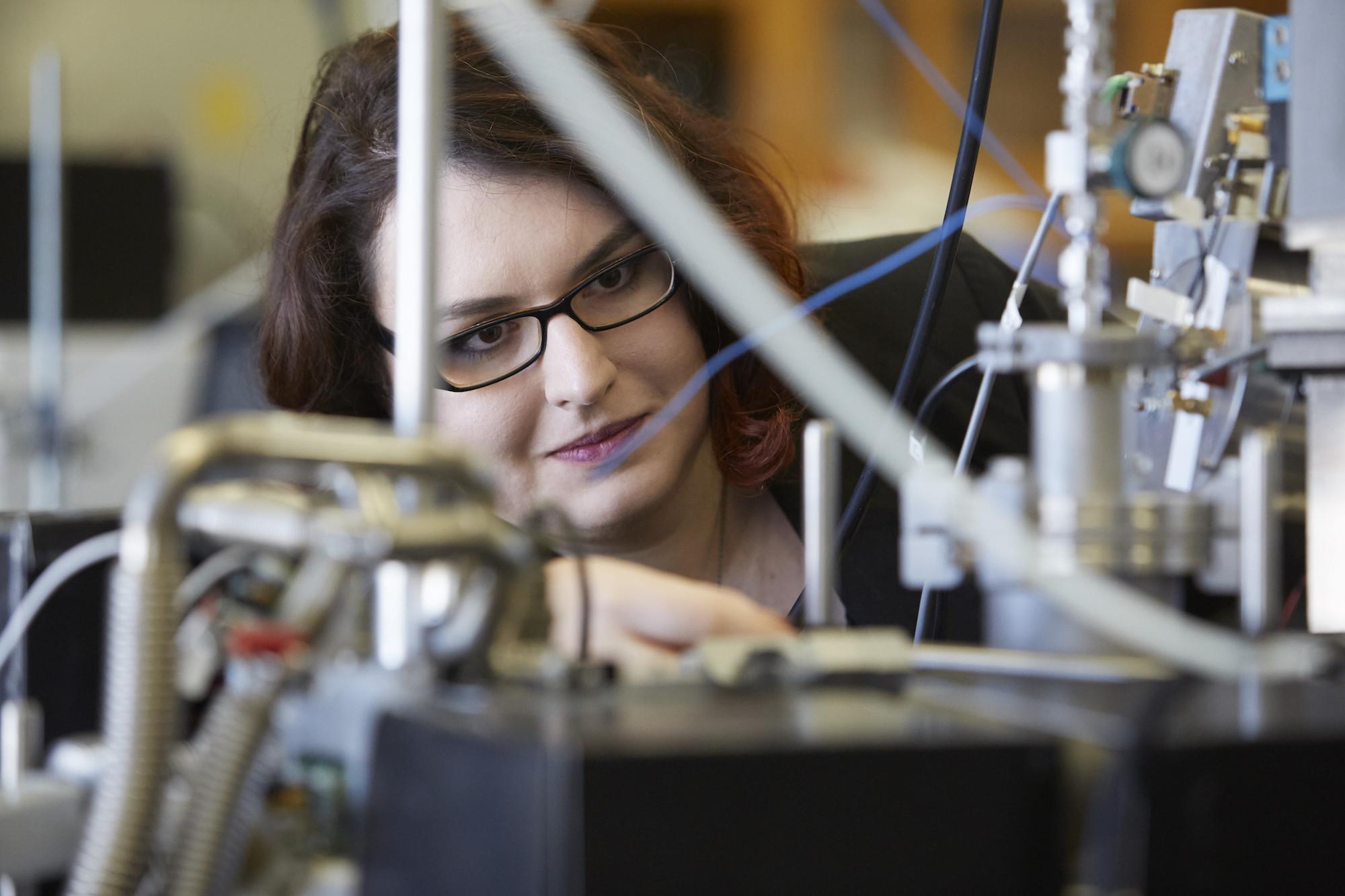Graduate student Maria Zawadowicz in the Cziczo Lab (Photo: Kent Dayton)